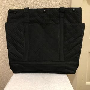 Donating Sun 25 Oct: Black & Green Quilted Tote